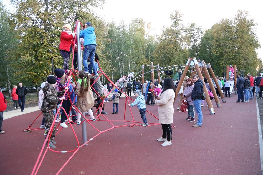 В Ливнах открылся Парк машиностроителей