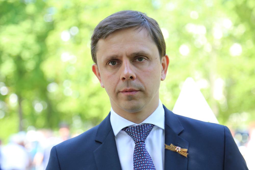 Поздравление губернатора Орловской области Андрея Клычкова с Днём Весны и Труда