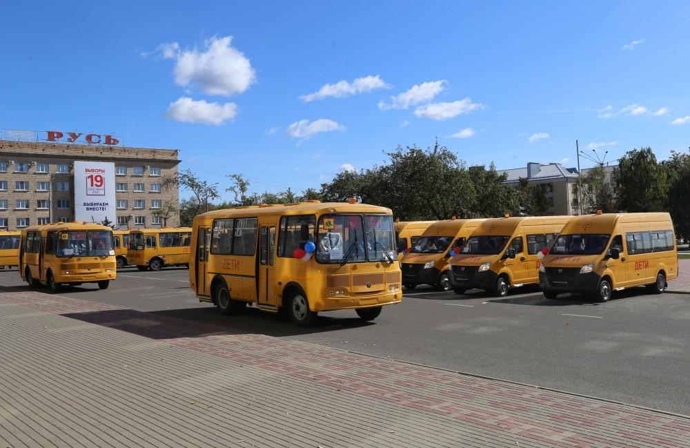 Росстанская школа Ливенского района получит новый школьный автобус
